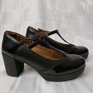 Safety Footwear - Women's Wedge Heel
